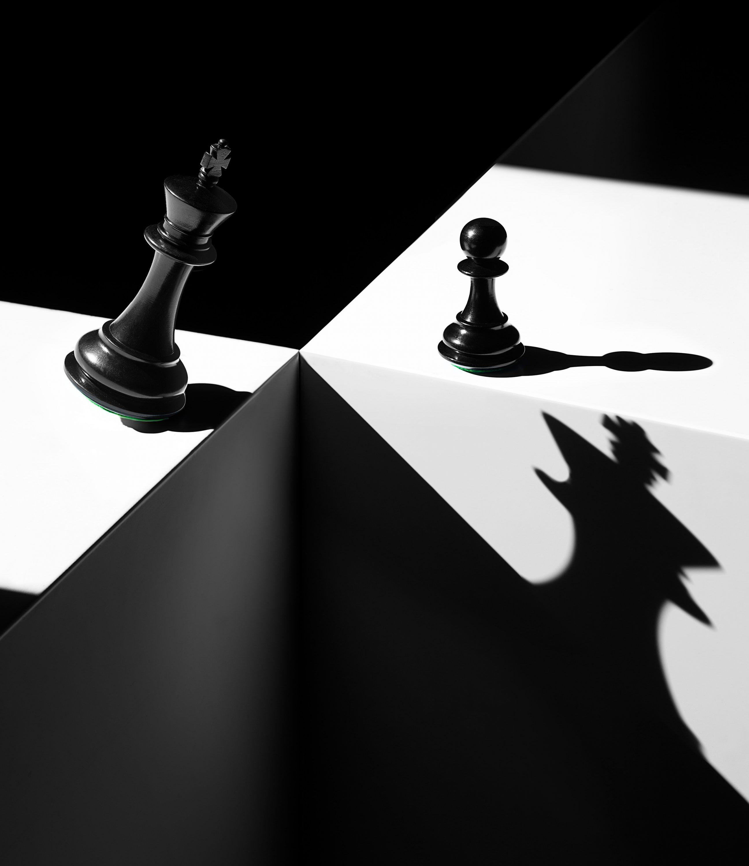 Wren-Agency-Richard-Foster-rf4290_ft_magazine_chess_jgs_portrait
